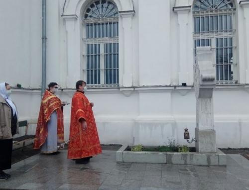 Панихида на могиле о. Алексия Грачева